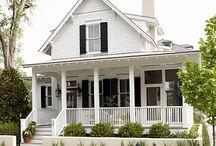 Victorian Houses / by Brenda Fielding