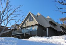 Oldina Ski Club Lodge at Perisher Valley NSW / Oldina Ski Club Lodge Perisher = 14 beds (twin rooms all with en-suites), cooked breakfast & 3 course dinner cooked by our Winter Lodge Manager.  Non-Members welcome. Visit our web site:  www.oldinaperisher.com.au    To book a bed EMAIL bookings@oldinaperisher.com.au or  Ph 02 - 9481 9221 Why not join our club?   Membership information and form  at:  www.oldinaperisher.com.au/members.html