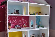 sit dollhouses