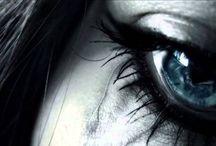 Είμαι και εγώ που τα δάκρυα μου τα κάνω δύναμη