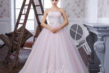 šaty svatba