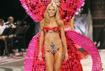 Victoria's Secret Angels / Victoria's Secret Angels, possibly the sexiest women in the world in the sexiest outfits from the designer shows.