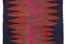 Punertavat tekstiilit