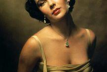 Elizabeth Taylor & Vintage