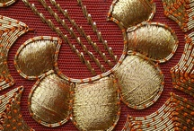 Gold bordado