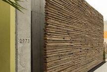 Buiten muur hout
