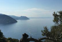 Eubée ou Evia #IleGrecque / Eubée la plus grande ile grecque après la Crète. Très sauvage. Mont Ochi, au Sud, nord très vert. Randonnées et plages. Accessible depuis Athènes par un pont ou par bateau (traversée très courte)