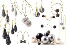 DIY - Elegante party-øreringe med masser af bling bling! / Hvordan du nemt selv kan lave elegante øreringe til fest og højtider med krystalbesatte vedhæng og perler fra Smyks.