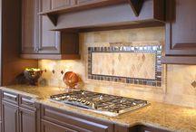 Backsplash Designs / Kitchen Backsplashes