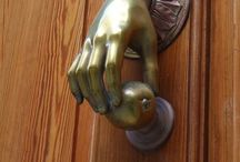 Door Knobs / by Thalia Rios