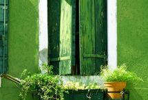 Come in. Puertas y Ventanas