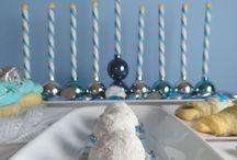 Hanukkah cakes