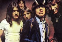Thunder From Down Under / Ac/DC