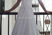 Wedding dresses / by Jamie Shea
