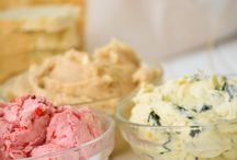 Condiments / Sweet and savory condiment recipes containing six ingredients or less; Salt, pepper, sugar (granulated, powdered, and brown), water, butter, and all purpose flour are not counted among these six ingredients.