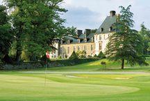 Golf 18 trous / Aux portes de Bretagne, entre terre et mer, le golf des ormes se positionne aujourd'hui comme l'une des premières destinations golfiques de France. Il a d'ailleurs rejoint en 2008 le réseau « Golfy », une référence dans le monde du golf en France.