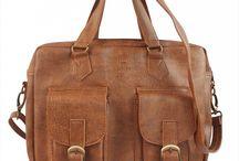Túi xách - túi đeo chéo Lee / Túi xách - túi đeo chéo Lee của thương hiệu Lee&Tee