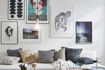 Bilder über dem Sofa