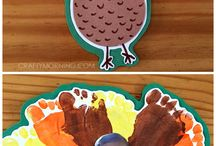 THANKSGIVING CRAFTS / by Cat Country