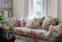 Couches Floral