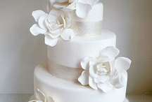 Wedding Cakes / Stunning, Elegant, Fondant & Buttercream Wedding Cakes. Your Dream Wedding Cake! / by Ramona Morrow