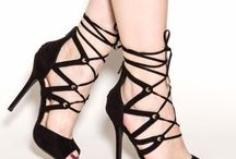 Lace-Up Shoes for Shoeaholicsc / Love me some lace-up! Lace-up sandals, lace-up boots and lace-up shoes are our obsession.