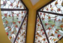 Vitráž s Drobnými Kvetmi Výplň Okna / Vitráž s Drobnými Kvetmi Výplň Okna http://sk.sooscsilla.com/vyroba-vitraze-okien-a-dveri/ http://sk.sooscsilla.com/portfolio/vitraz-s-drobnymi-kvetmi-vypln-okna/