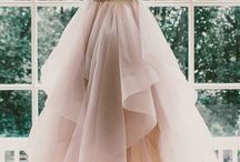 Dresses / #fashion #dresses