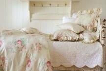 Home Ideas / by Chloe Mae DesLauries