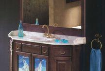 """Badmezimmermöbel """"Belle Arti"""" / Die """"Belle Arti""""-Badmöbelkollektion zeichnet sich durch die herrlichen Kunstwerke aus, die die verglasten Türen der wunderschönen Badezimmermöbel zieren.  Lassen Sie sich in Ihrem Badezimmer von den Werken eines Van Gogh, eines Alfons Mucha, eines Gutav Klimt und vielen anderen Künstlern begeistern."""