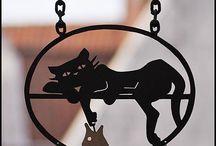 metal cat sign
