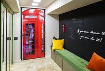 Studio / This studio's design is comfortable, enjoyable & fun. The urban design can be recognized for the stairs and also for the London phone booth in the hallway. The bright decor is filled with multiple accents and light sources. The dark brown wooden furniture in the living gives a special charm to the interior. For the Morphoza team, this project was the perfect opportunity to create out of the box decors and for the owner the occasion to express her freedom, bravery and original ideas.
