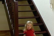 TOP Design Treppen aus Deutschland / Moderne Treppen für den Hausbau und das neue Treppenhaus. Hochwertig verarbeitete Treppen und Geländer aus eigener Produktion.