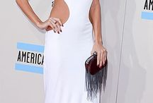 All white at the AMAs / White was a big trend at the AMAS 2013, here are some of the best red carpet looks.