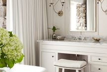 Bathrooms / by Katie Pritchard