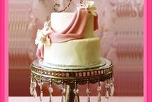 Wonderland of cakes / by Brooke Beggs