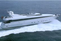 Luxury yachts / LUXURY TRAVEL