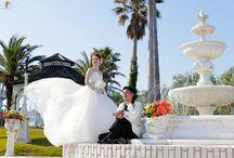 自然に囲まれたガーデンフォトウエディング | カリコリゾート / 関西を代表する海浜リゾート地として名高い淡路島。 カリコリゾートは、この淡路島の南西端にある岬の高台にあります。 #フォトウエディング #エンゲージフォト #アニバーサリーフォト #写真だけの結婚式 #前撮り #別撮り #ロケーションフォト #ガーデン