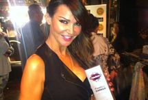 Celebs Love Fake Bake / From the tan tent to the red carpet Celebs can rely on a Fake Bake glow.