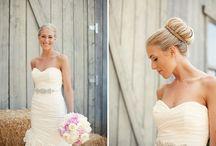 Wedding Hair / Ideas for Hair / by Raeanne Van Der Wath