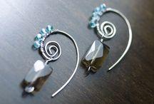 Earrings / by Ritz Reyes