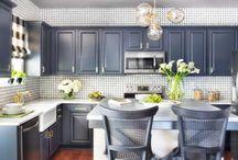20 cuisines avec de beaux armoires peinte