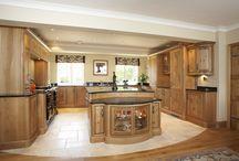 Stonehouse Country kitchens, /  Curve kitchens, granite, Aga, Oak kitchens, Bespoke kitchens, Character Oak, Solid oak kitchen,