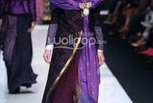 etnik Indonesia costume