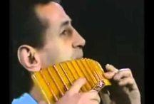 Флейта самый первый музыкальный инструмент, звук человеческой души)))Божественная мелодия))