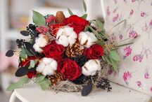 Christmas Flowers Arrangements / Ideas .