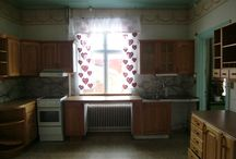 The Kitchen / Restoring a turn of the century house builded in 1895