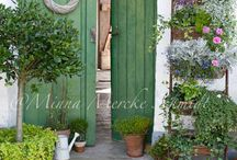 Doors I Adore / would love to see whats inside! / by Lisa Hall