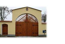 Vrata -Woodengates