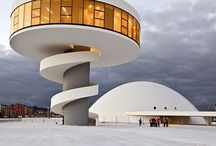 Oscar Niemeyer / The architecture of Oscar Niemeyer